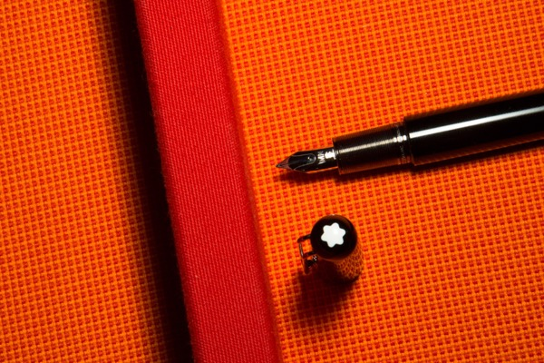 mont-blanc-marc-newson-pen-02